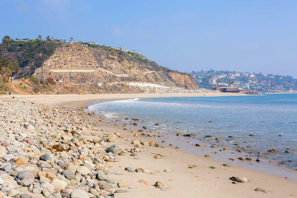 0_4200_0_2800_one_los-angeles-pristine-beach-pebbles-devon0860